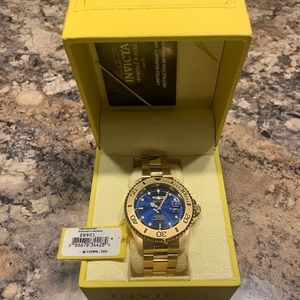 Brand new never out of the box Invicta men's watch